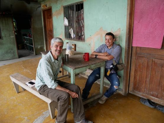 Nicolas et Camille en mission en Colombie pour l'évaluation d'impact social et environnemental de projets d'investissement agroforestiers